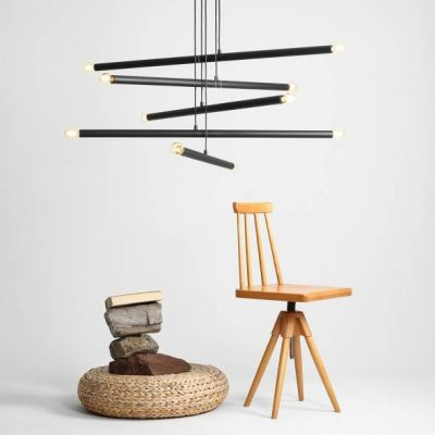 designerska-lampa-wiszaca-do-nowoczesnego-wnetrza-lampa-z-metalowych-drazkow