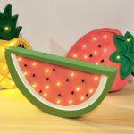 kolorowe-lampki-dzieciece-oswietlenie-dekoracyjne-arbuz-swiecaca-truskawka