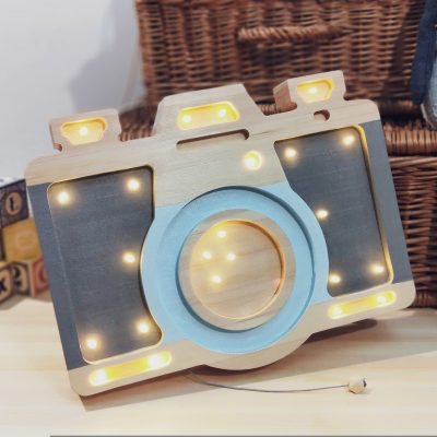 lampka-led-aparat-prezent-na-urodziny-dla-fotografa-dekoracyjne-lampki-dzieciece
