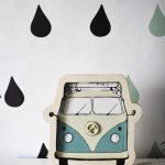 dekoracyjna-lampka-bus-retro-ogorek