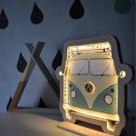 podswietlana-dekoracja-bus-retro-do-pokoju