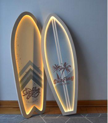 podswietlana-deska-surfingowa-dekoracyjna