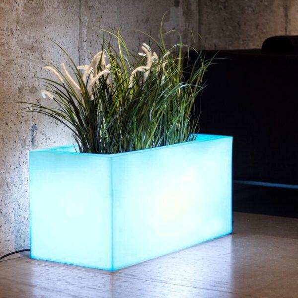 kolorowa-donica-rgb-led-podswietlane-donice-nowoczesne