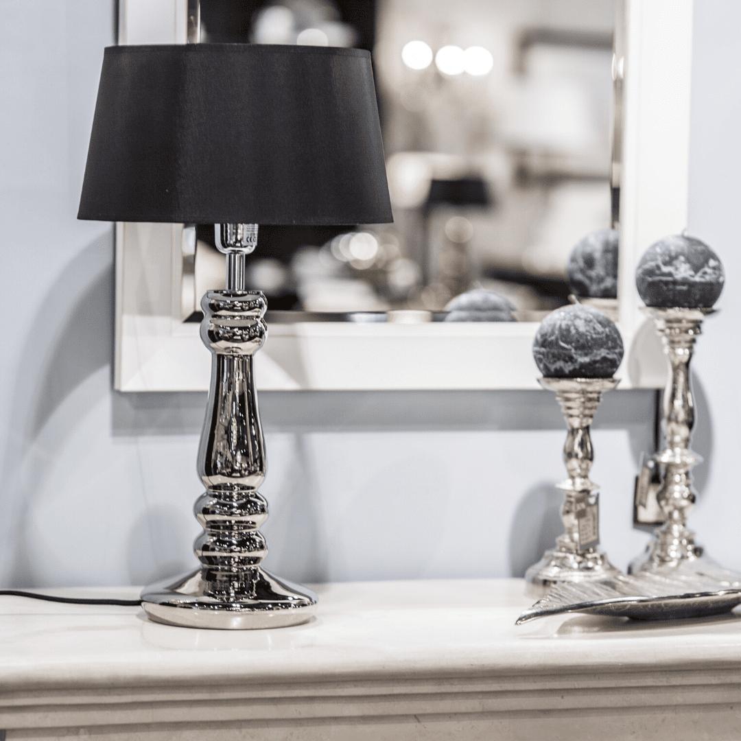 elegancka-lampa-stolowa-modne-lampy-do-salonu-lampy-glamour-klasyczne-lampy-stolowe